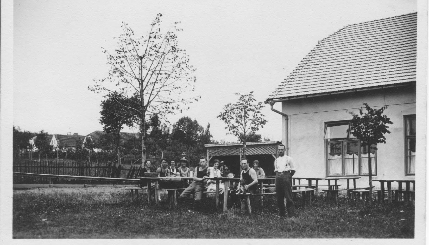 Restaurant - dancing hall, skittles 1929